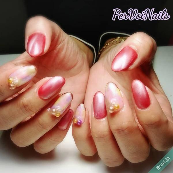 PER VOI Nails