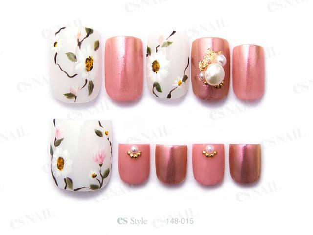 春らしいお花柄とピンクを合わせて、あたたかい時期にピッ...