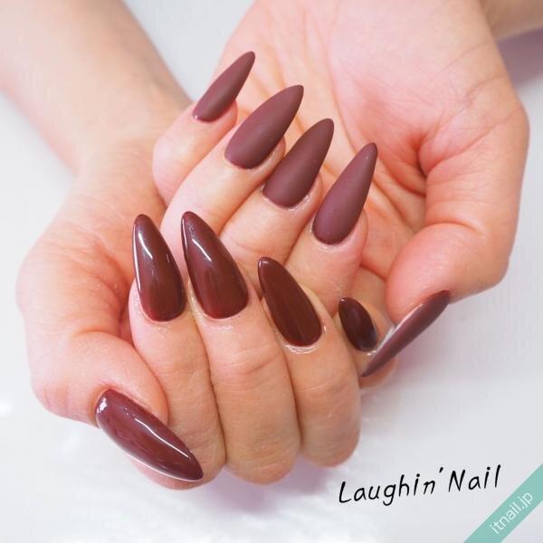 Laughin'Nail