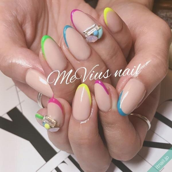 MeVius nailが投稿したネイルデザイン [photoid:I0029863] via Itnail Design (639381)