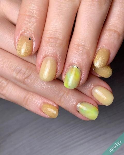 chic by enailが投稿したネイルデザイン [photoid:I0094438] via Itnail Design (639998)