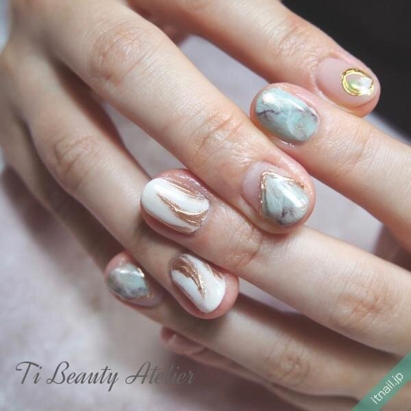Ti Beauty Atelierが投稿したネイルデザイン [photoid:I0092356] via Itnail Design (643941)