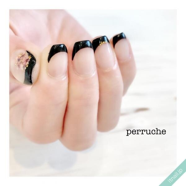 perrucheが投稿したネイルデザイン [photoid:I0096674] via Itnail Design (646400)