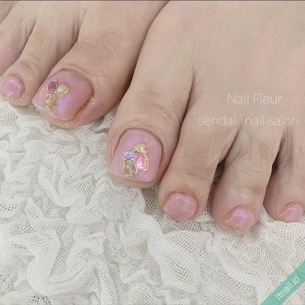 Nail fleurが投稿したネイルデザイン [photoid:I0098377] via Itnail Design (647997)