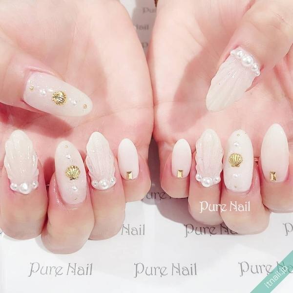 Pure Nailが投稿したネイルデザイン [photoid:I0085258] via Itnail Design (648643)