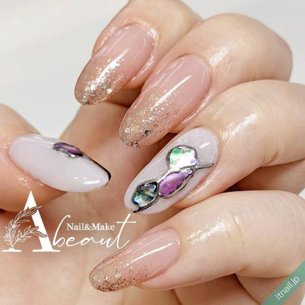 Nail&Make Abeautが投稿したネイルデザイン [photoid:I0099178] via Itnail Design (652543)