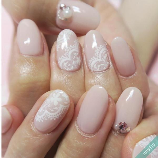 gloss nailが投稿したネイルデザイン [photoid:I0026728] via Itnail Design (652560)