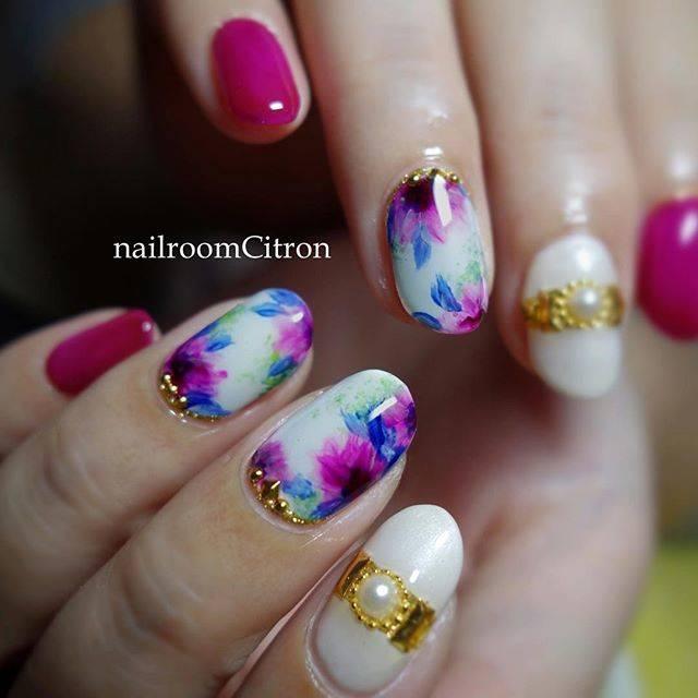 お花柄も、ニュアンスたくさん♡濃いめのピンクで存在感の...
