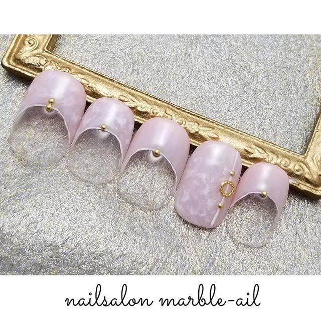 """nailsalon marble-ail(マーブルアイル) on Instagram: """"マーブルネイル✨ . マーブルアイルの マーブルネイル😁 . 当店の名前 マーブルアイルは 店長である息子ちゃんが 提案してくれました。 . 『お店の名前は マーブルネイルが いいんじゃない?』 って。 . 年中さんだった息子が 何故 マーブルネイルを 知っていたかは…"""" (581813)"""