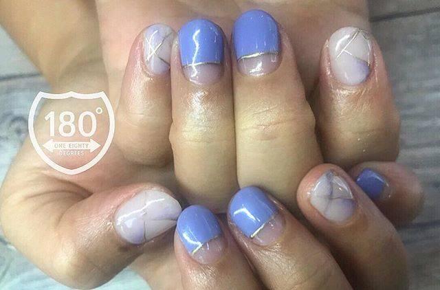 """180°degrees nail and eyelash on Instagram: """"marble nail💅✨ . 品良き大理石ネイル✨ オフィスにも🙆♀️ #大理石風 #品 #オフィスネイル #あそびごころ . . . #180degrees #180degreesnaileye #nail #nails #nailart #nailsalon…"""" (589848)"""