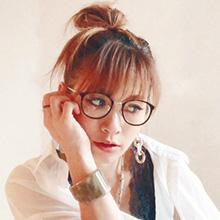 安齋梨恵さん(Vivian Nail)